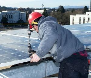 800px-Solar_install_(6836811633)
