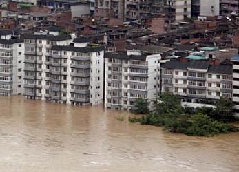 flooded seaside city (Credit:hellasweather.gr)
